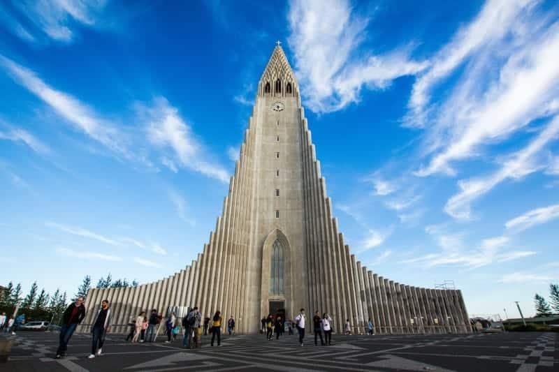 Hallgrímskirkja church Reykjavik city sightseeing tour