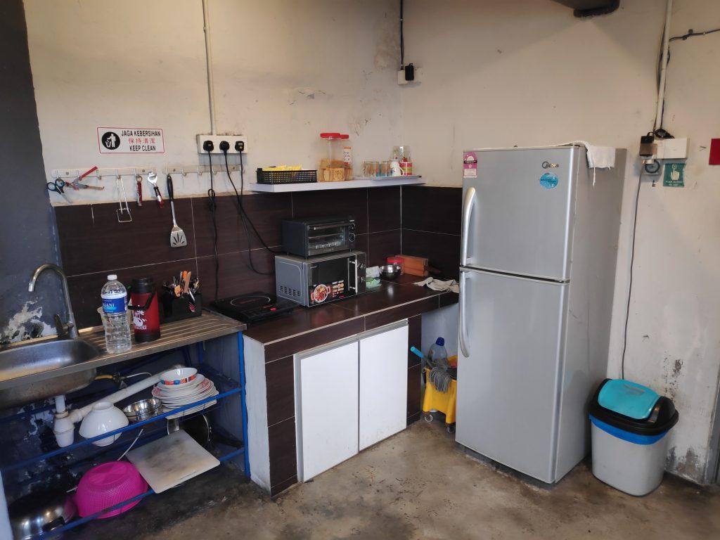 Kitchen facilities at Wassup Hostel