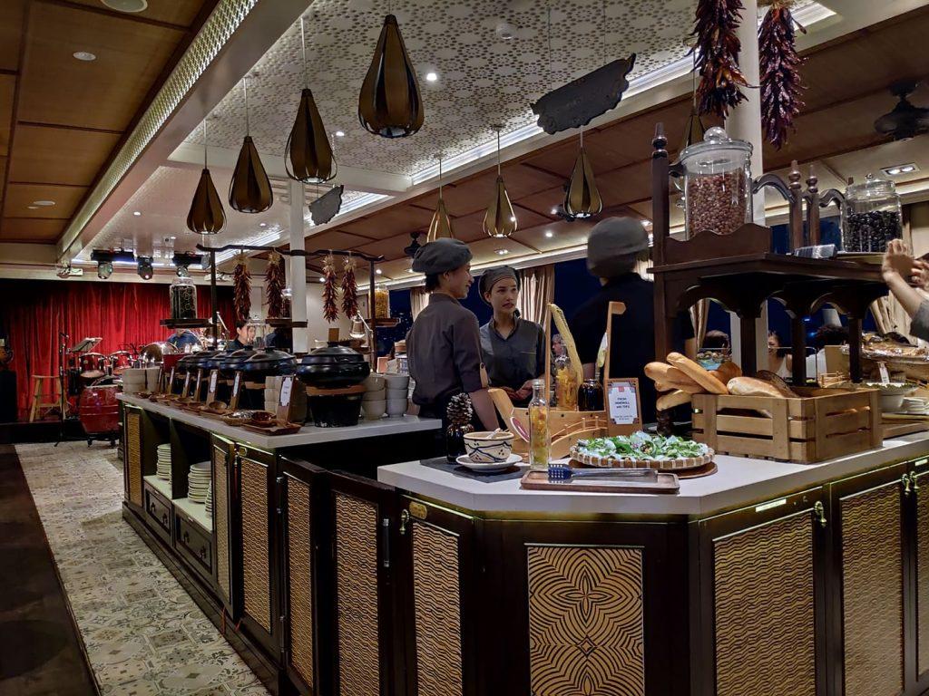 Preparing the buffet on Bpnsai Cruises