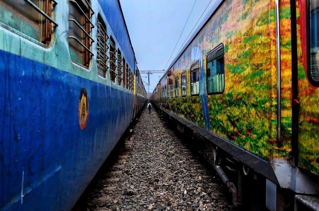 Vietnam trains